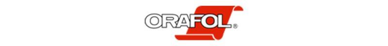 Wir sind schon lange begeistert von den Produkten des Herstellers Orafol. Das Logo des Herstellers beinhaltet den Namen in Großbuchstaben und die unverkennbare rote Folie im Hintergrund.
