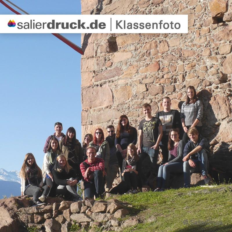 Ein Klassenfoto mit allen Teilnehmern der Studienfahrt Bozen.