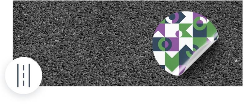 Unsere Asphaltaufkleber können auf rauen Oberflächen wie Asphalt, Pflastersteinen oder Beton verklebt werden.