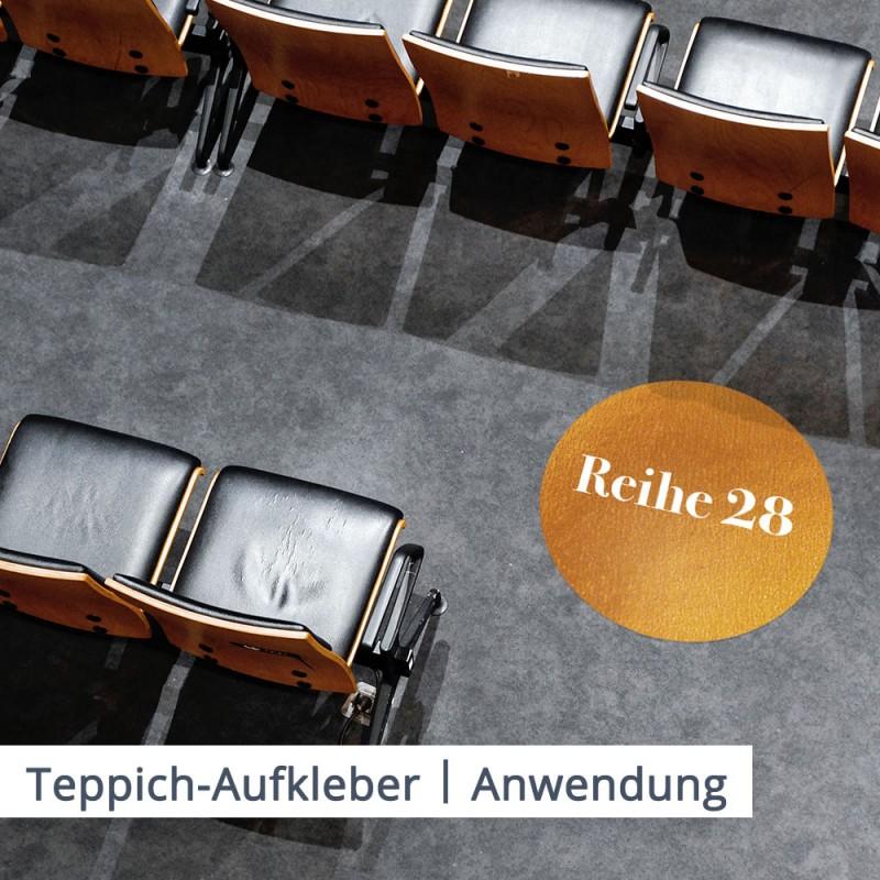 Verwenden Sie Teppichaufkleber um die Übersicht über Sitzreihen im Kino, Theater oder Konzertsaal zu verbessern und die Laufwege des Publikums zu organisieren.