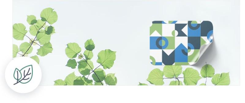 Etiketten aus umweltfreundlicher Klebefolie werden ohne PVC und Weichmacher hergestellt.