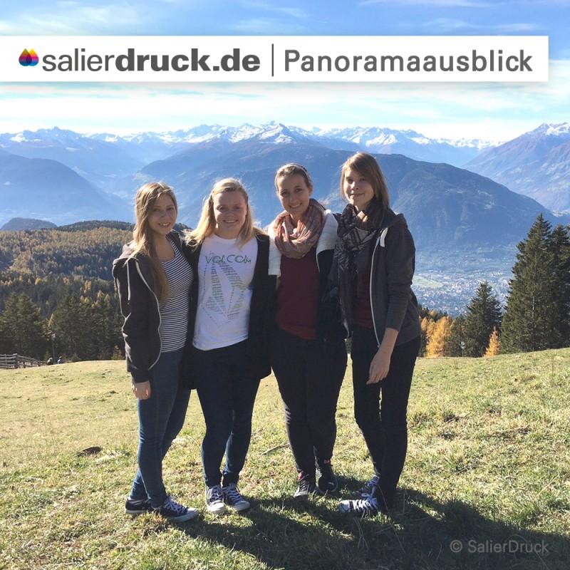 Diese Erinnerungen bleiben – der Panoramaausblick mit Mandy und ihren Freundinnen.