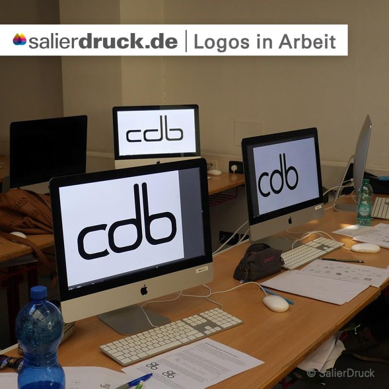 Unterschiedliche Ausführungen des Logos bringen Auswahl.