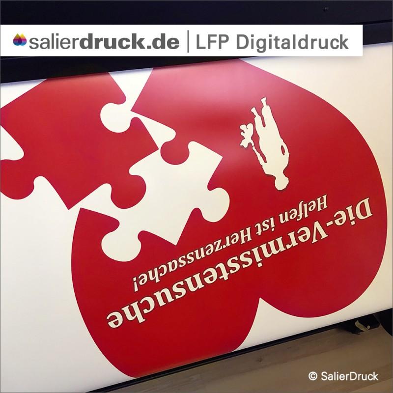 Der Druck des Roll-Ups in einem unserer LFP Digitaldrucker.