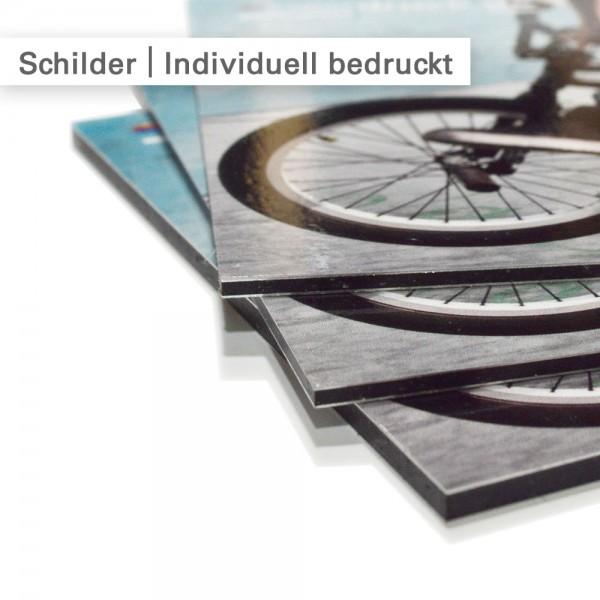 Schilder drucken wir mit Ihrem individuellen Motiv - günstig bei SalierDruck.de